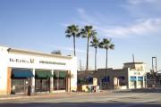 Cal Oaks Plaza Gallery Image 3